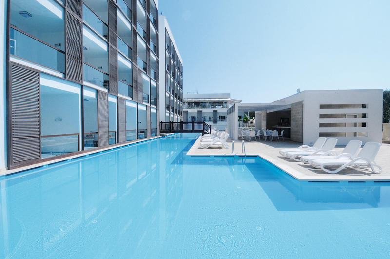 SENTIDO Golden Bay
